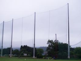 ゴルフ場の防球ネット施工